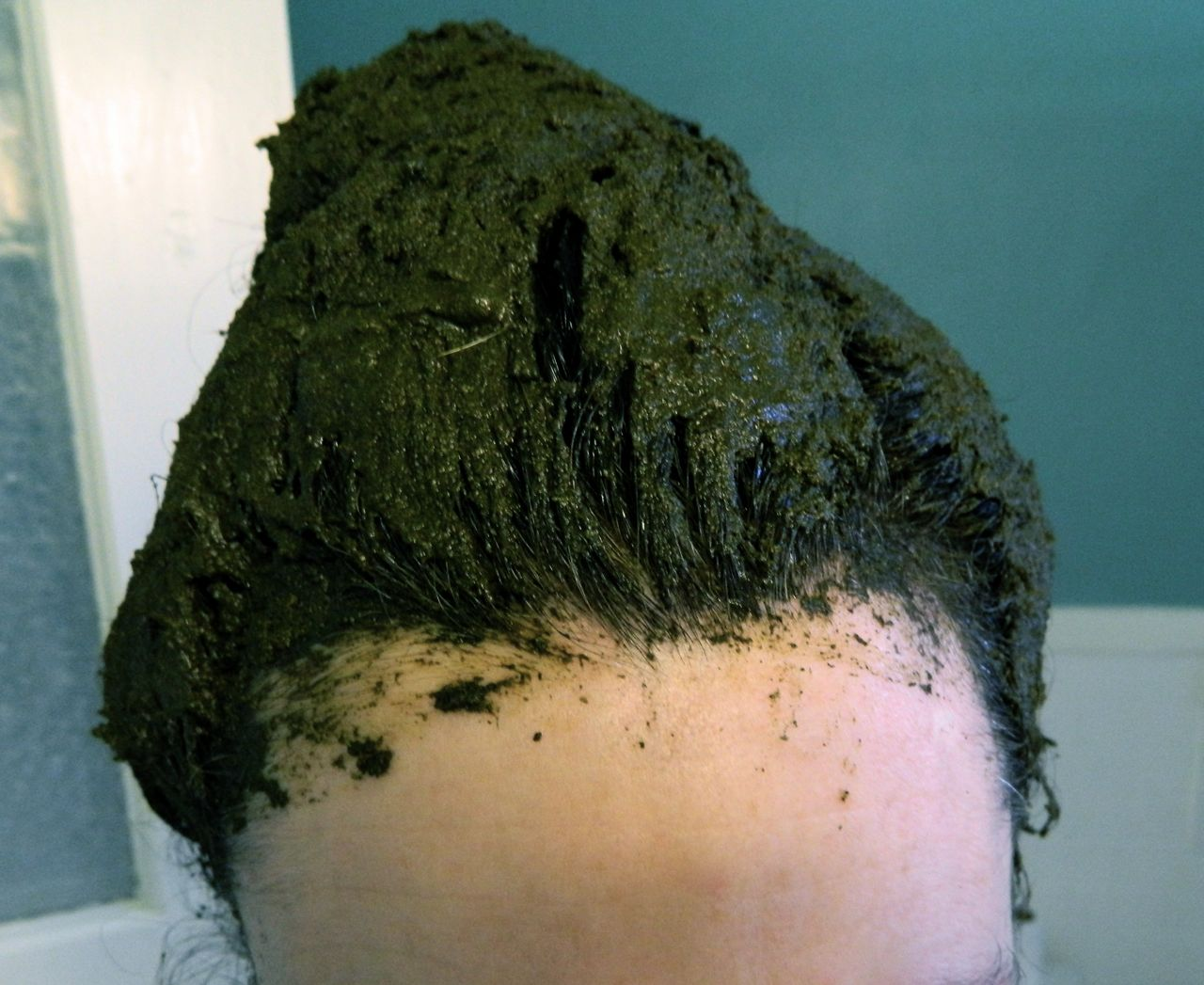 How To Color Your Hair Using All Natural Botanical Dye