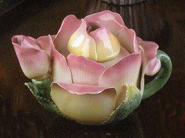 Rose Teapot,, image via Mustartseed & Moonshine