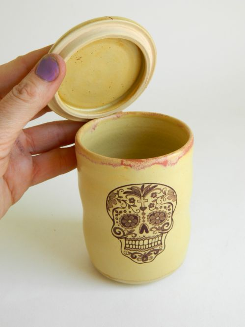 Lidded Tea Cup with Skulls, 7