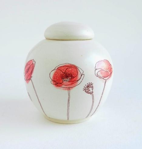 poppies urn